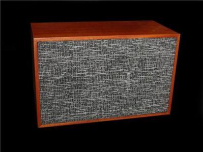 fryer-sound-deacy-amp-replica-2010.jpg